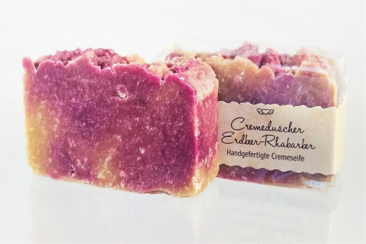 Cremeduscher Erdbeer-Rhabarber